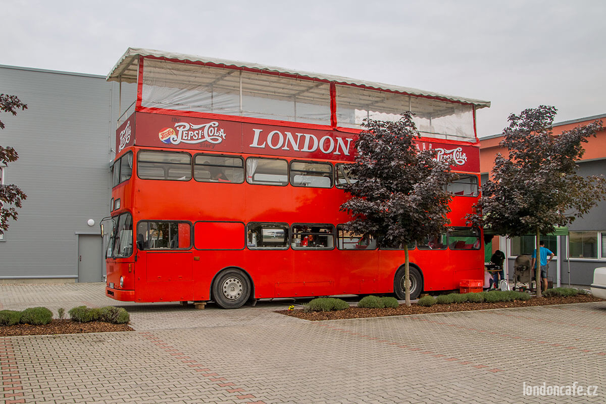 autobus-doubledecker-party-autobus-na-oslavy