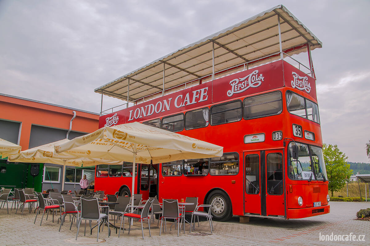 partyautobus-doubledecker-party-autobus-na-oslavy