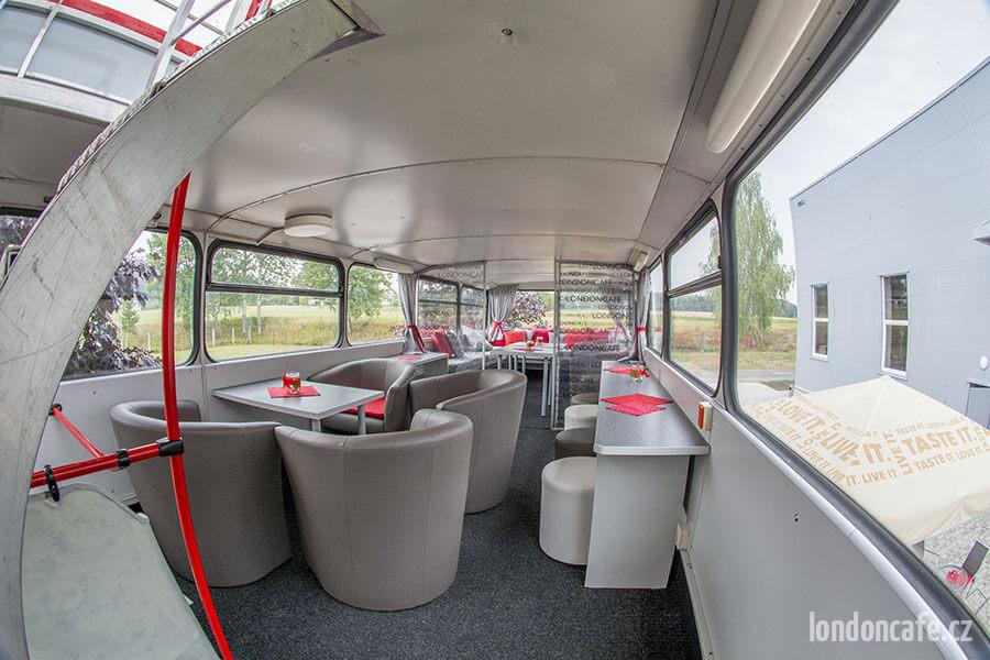 partybus-orlicko-interier-kresla
